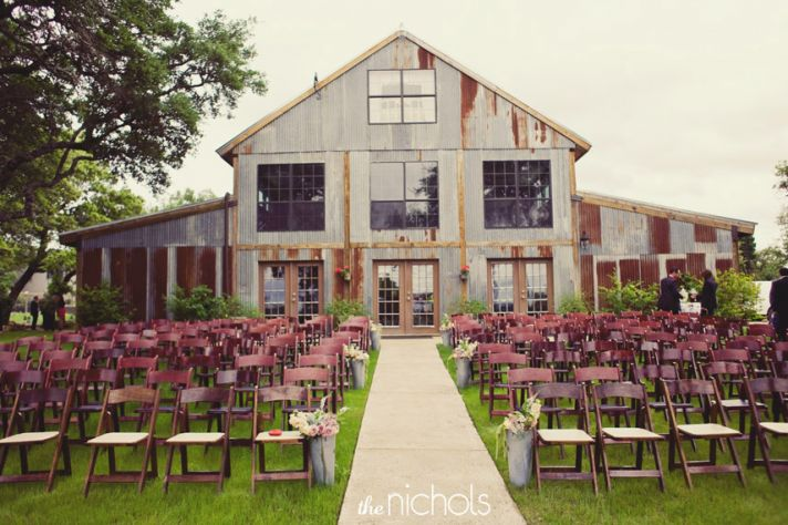 rustic ranch wedding decor inspiration 1