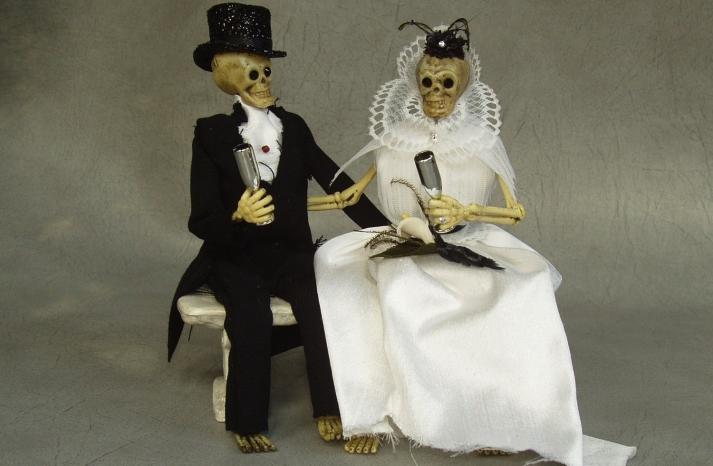 halloween wedding ideas for fall weddings Etsy handmade skeleton cake topper 2