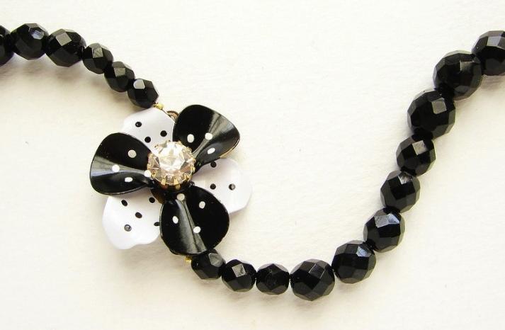 wedding inspiration from Etsy polka dots bridesmaid necklace