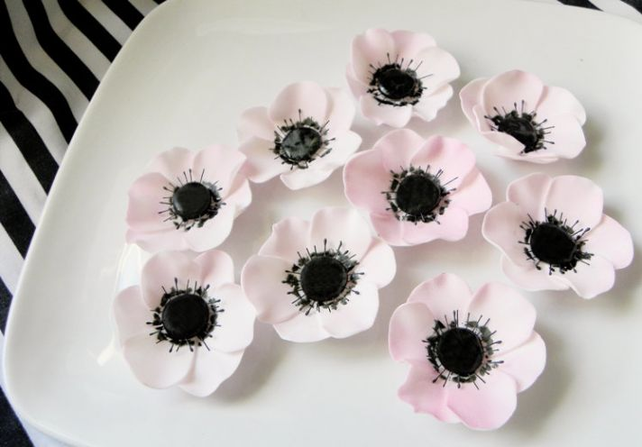 fondant wedding finds to add sweetness to handmade weddings anemones