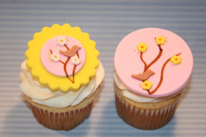 fondant wedding finds to add sweetness to handmade weddings cherry blossom