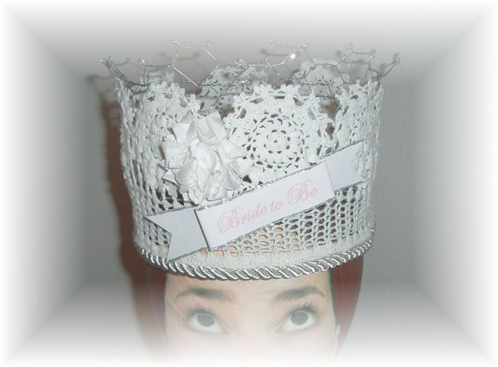 bad bachelorette party gifts chicken wire crown