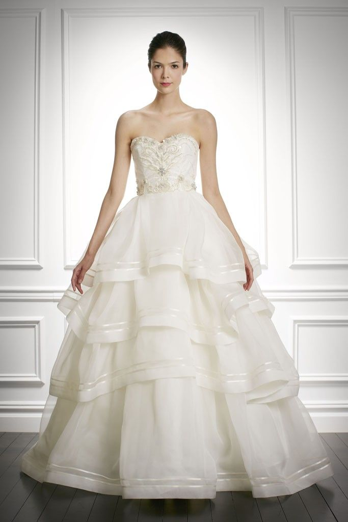 2013 2014 Bridal Dresses By Carolina Herrera 2 Dark Brown Hairs