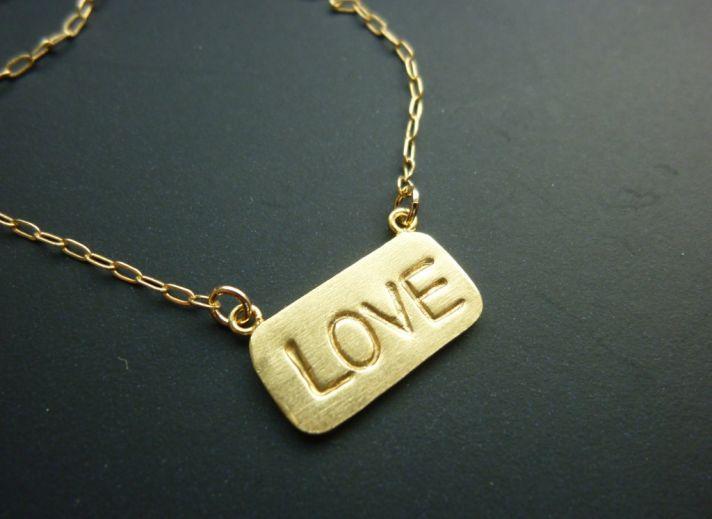 customized wedding jewelry engraved monogram necklace gold LOVE