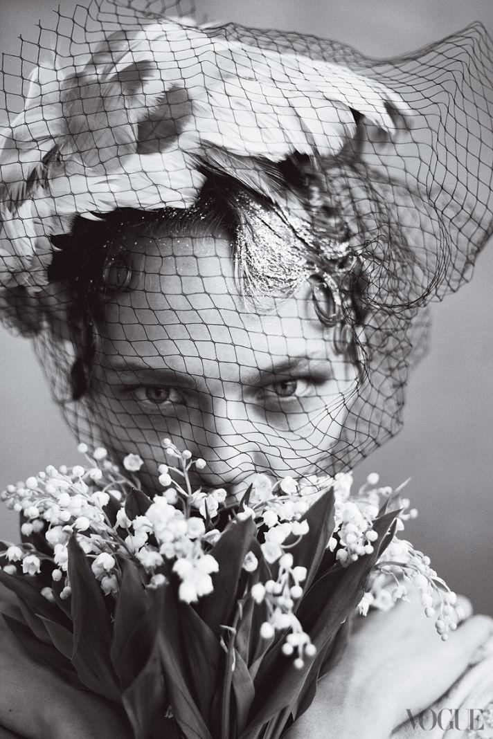 Wedding Fashion by Vogue brides through history 3