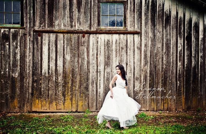 Rustic Barn Wedding Venue for California Bride