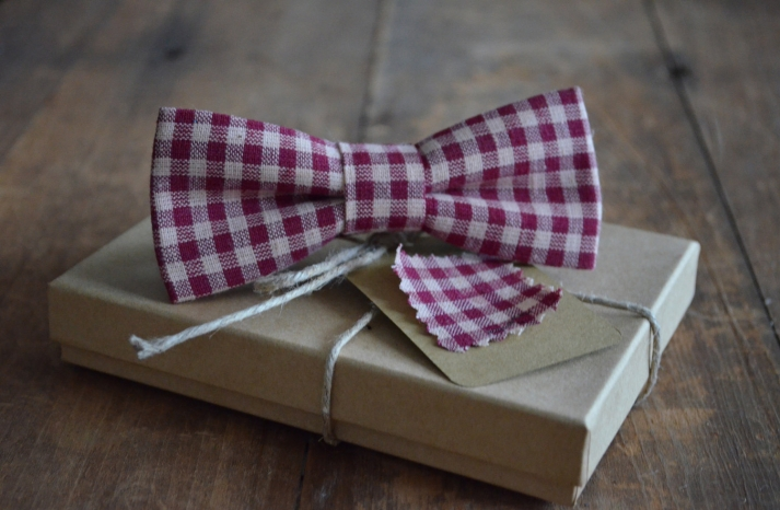 Gingham Grooms Bow Tie