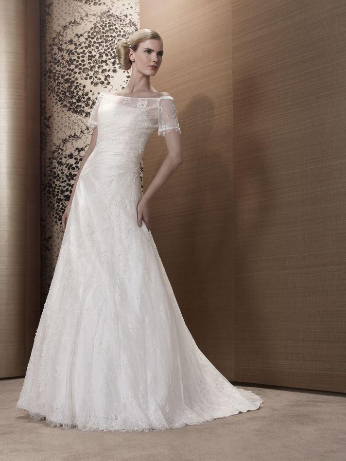 2013 Wedding Dress by Pronuptia Paris KH09