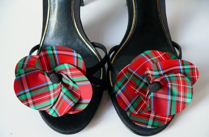 Tartan Wedding Pretties for Classic Winter Brides Shoe Clips