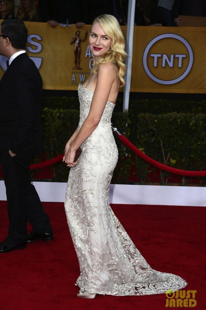 wedding inspiration from red carpet naomi watts liev schreiber sag awards 07