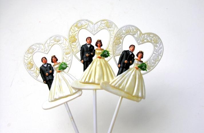 vintage bride and groom wedding cupcake toppers
