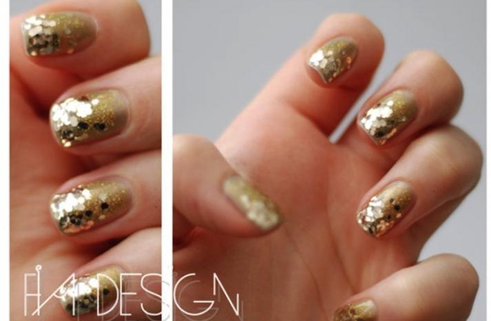gold sparkle wedding nail art