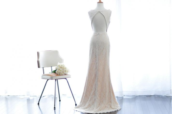 Keyhole back wedding dress ivory lace