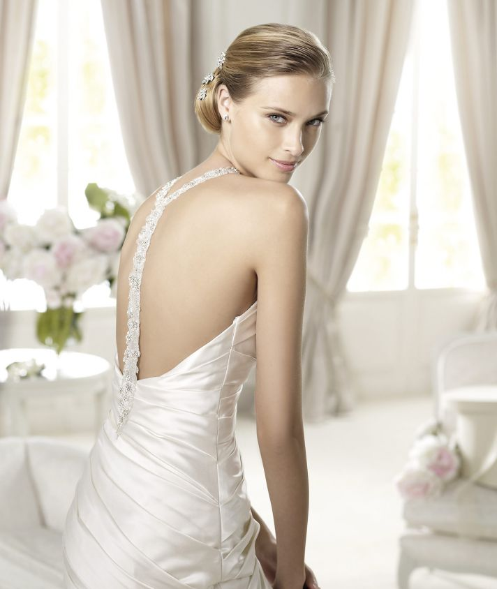 Glamour Wedding Bridesmaid Dresses : Best of backless wedding gowns dresses to adore onewed