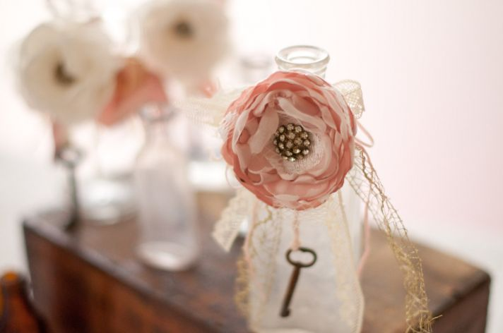 Blush and Ivory Vintage Wedding Decor