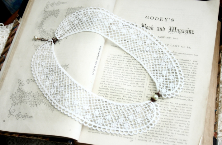 White lace crochet wedding necklace