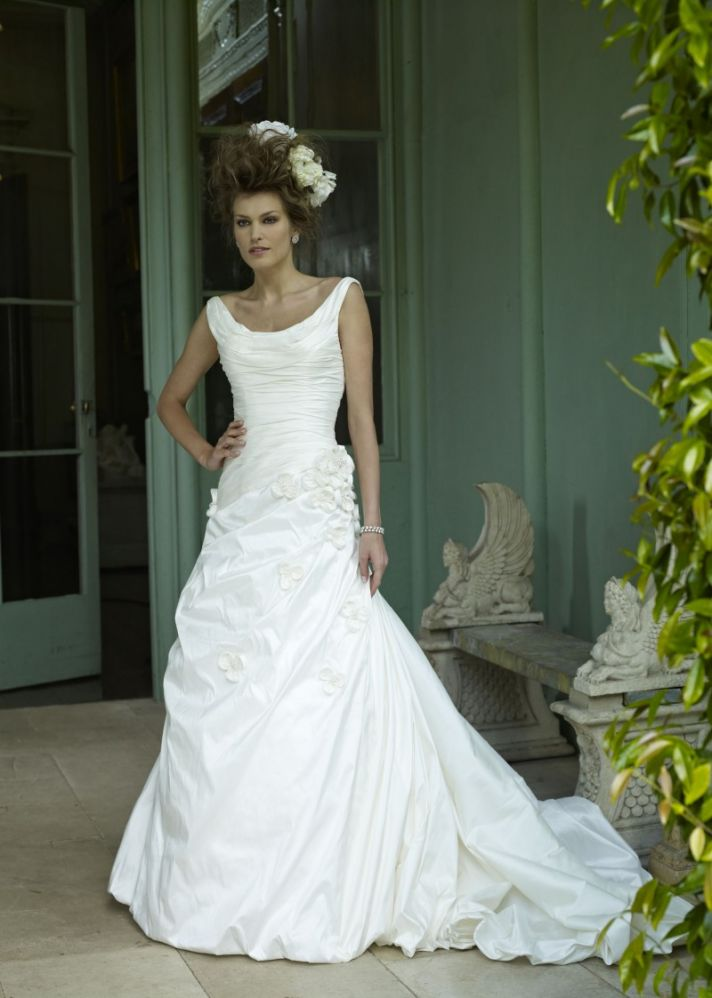 2013 Wedding Dress Ian Stuart Bridal Monet