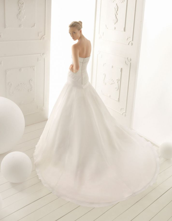 Aire Barcelona Wedding Dress 2013 Vintage Bridal Collection Vega