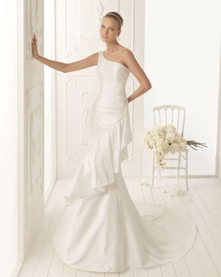 Aire Barcelona Wedding Dress 2013 Vintage Bridal Collection Valeria