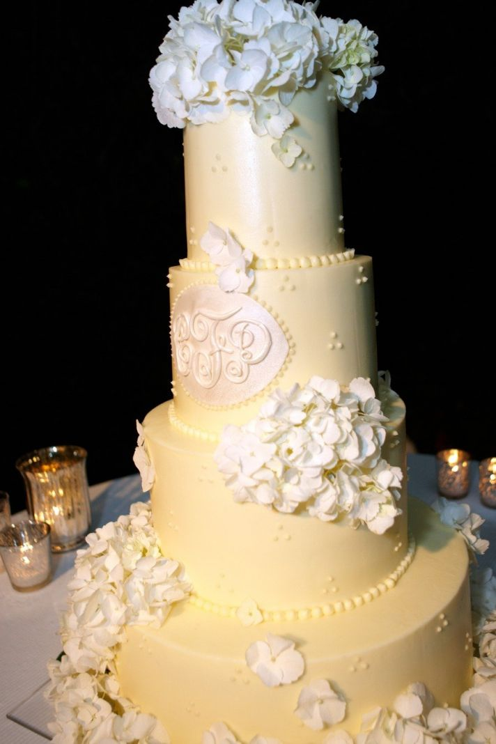 Custom monogram wedding ideas romantic spring cake