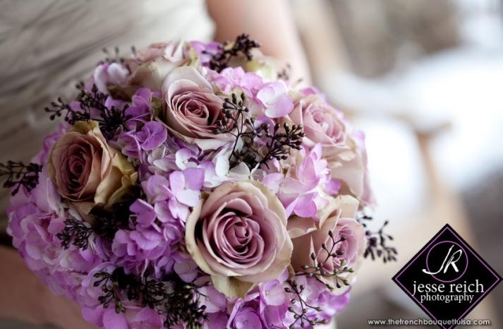 billowy hydrangea wedding flower inspiration. Black Bedroom Furniture Sets. Home Design Ideas