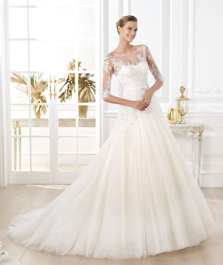 Pronovias wedding dress pre 2014 Glamour bridal collection Lavens