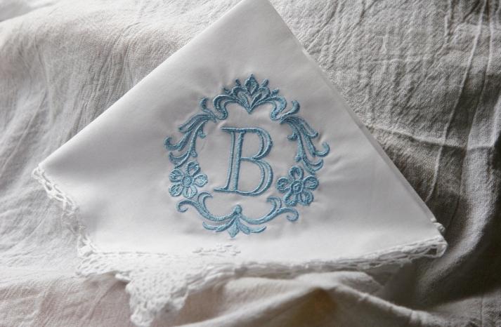 Something blue for budget brides 15