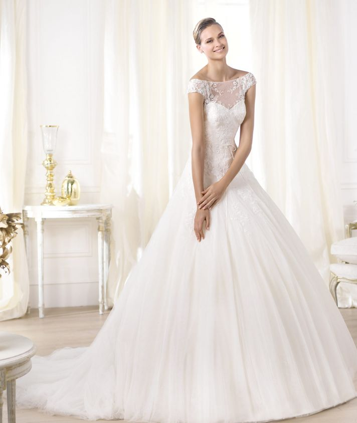 pronovias wedding dress pre 2014 glamour bridal collection leonela