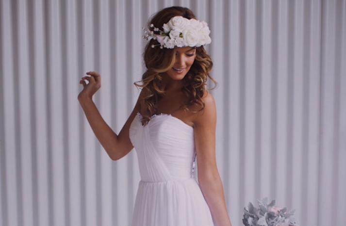 White floral wedding hair crown
