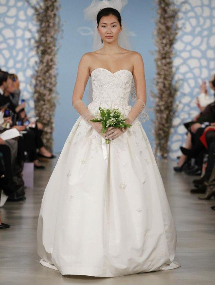 Wedding Dress by Oscar de la Renta Spring 2014 Bridal 23