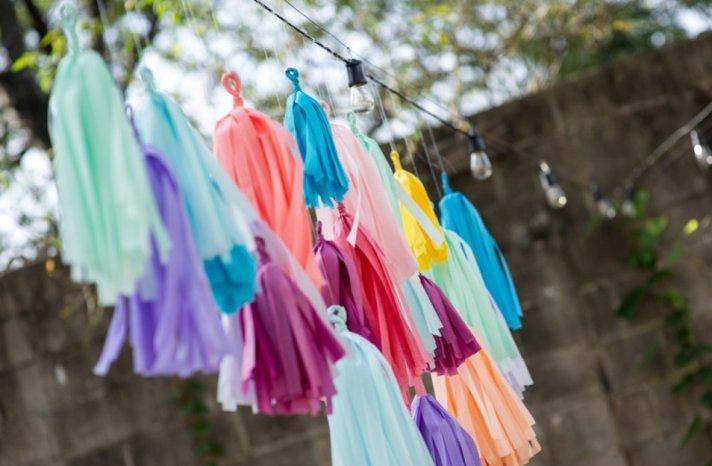 Simple wedding DIYs to try rainbow tassle garland
