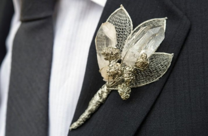 Simple wedding DIYs to try silver shimmer boutonniere