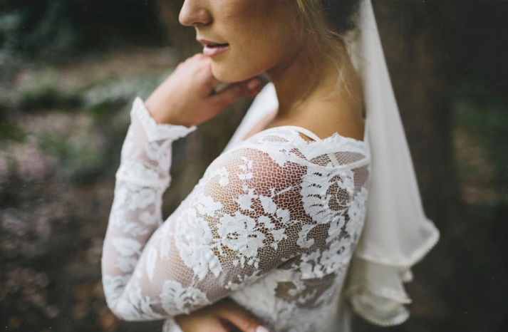 Sheer lace and net wedding dress sleeves