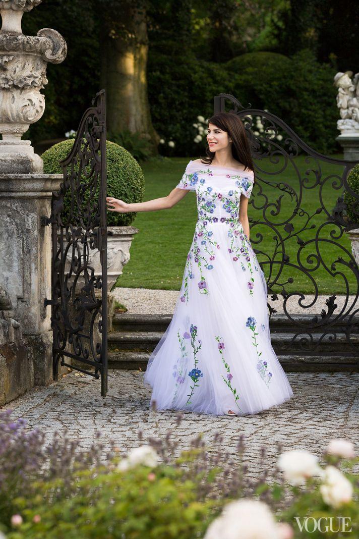 Floral adorned wedding dress by Christopher Kane