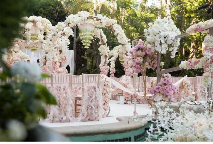 Dreamy light pink and ivory wedding flower decor