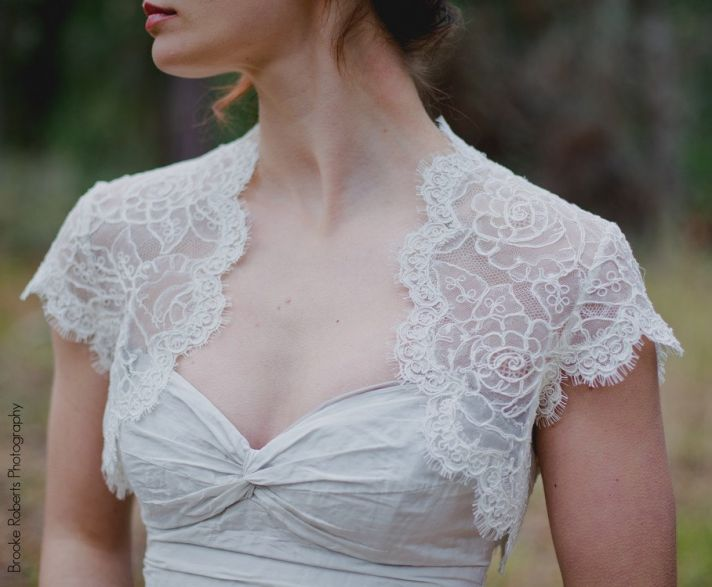 lace three quarter sleeve bridal bolero