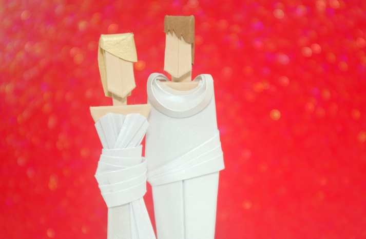 bride and groom origami wedding cake toppers