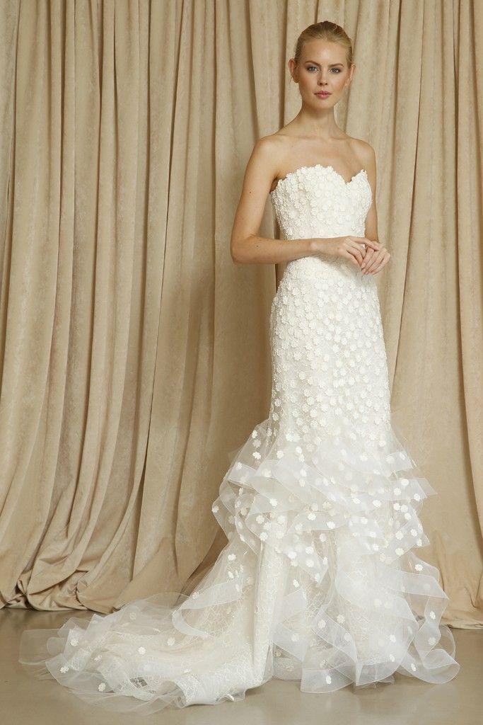 Oscar de la Renta wedding dress Fall 2014 4