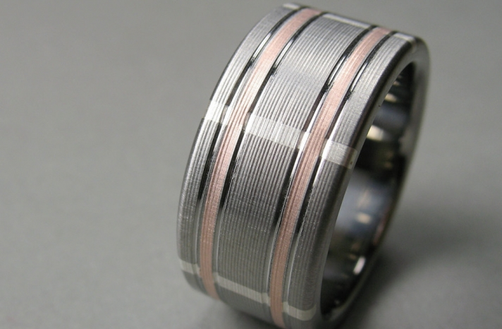 rose gold and silver grooms wedding band