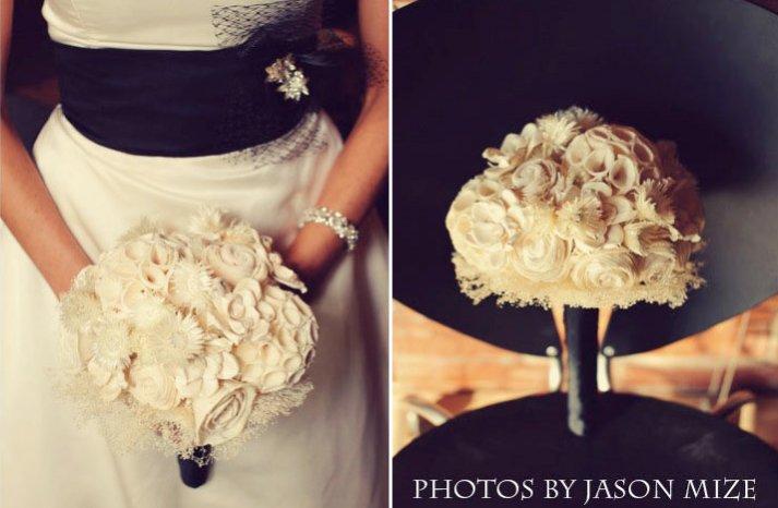 Tapioca wood bouquet in cream and black