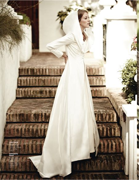 hooded bridal coat with three quarter sleeves