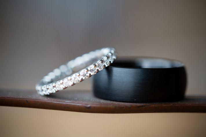 Modern wedding bands