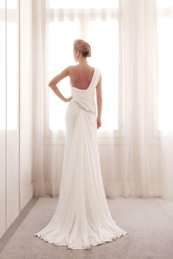 One shoulder wedding gown by Gemy Bridal