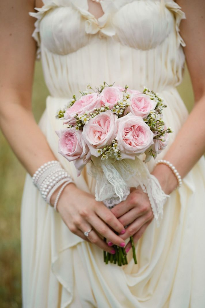 Pretty in pink roses bouquet