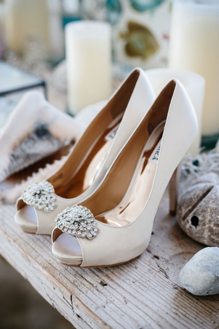 Classic wedding shoes with crystal accent