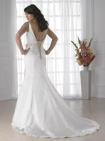 Jacquelin exclusive wedding dress style 19802 dress onewed for Jacquelin exclusive wedding dresses