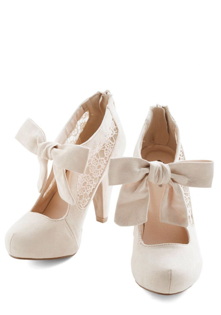 Bridal Shoes with Lace and Bow Details