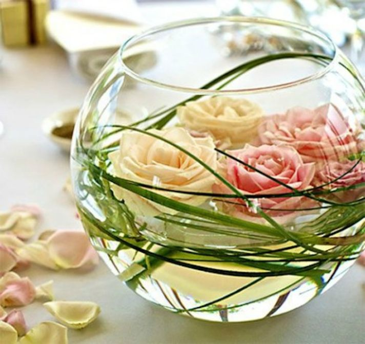 16 Stunning Floating Wedding Centerpiece Ideas: Simply Stunning Wedding Centerpieces