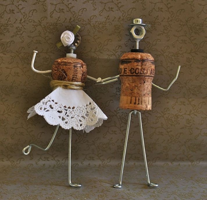 Wine Cork Wedding: Wedding Cake Toppers For All
