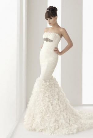 Aire Barcelona Wedding Dress Style Navia OneWed